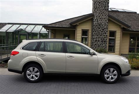 2011 Subaru Outback Specs by 2011 Subaru Outback Price Mpg Review Specs Pictures