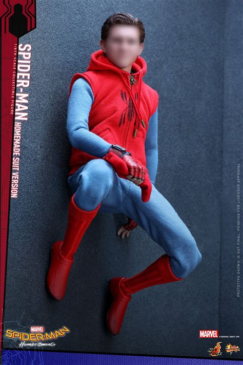 lego peter parker s apartment living room 1 here is the hot toys spider man homecoming homemade suit figure pre