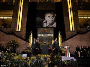 gabriel garcia marquez is mourned by thousands at mexico