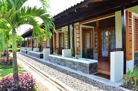 agoda borobudur borobudur temple compounds central java indonesia