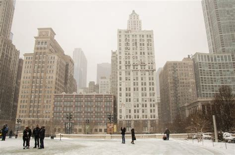 new years day chicago chicago in snow on new year s day inspiringtravellers