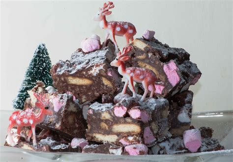 get in the festive spirit with this delicious rocky road