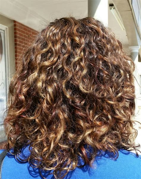 deva curl highlights 1000 ideas about curly highlights on pinterest curly