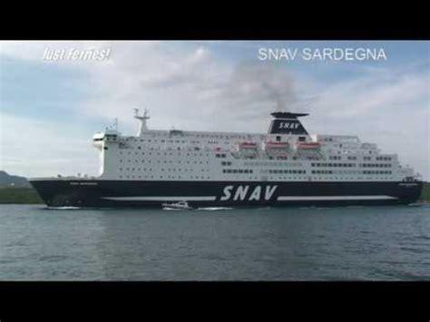 porto di napoli imbarco per palermo navi snav sardegna gnv splendid in arrivo al porto