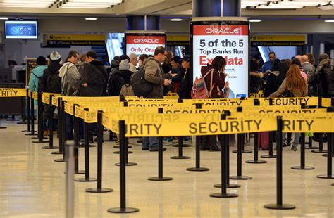 Airport Background Check If Passengers To Go Through Tight Security Why Don T Airport Employees