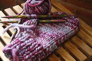 mitten pattern bulky yarn ravelry quick bulky mitten pattern by aimee pelletier
