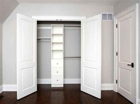 bypass closet doors  bedrooms  images bedroom