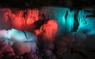 niagara falls lights 2014 frozen niagara falls photos frozen niagara falls stuns