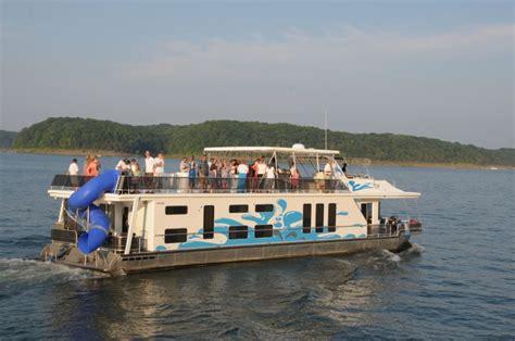 houseboating sealed the deal houseboat magazine - House Boating Magazine