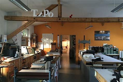 Werkstatt Innen by Buchbinderei Sanders Innsbruck Werkstatt