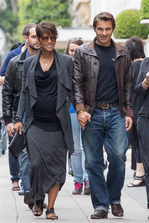 it s a boy halle berry gives birth at 47 years old it s a boy halle berry gives birth to second child vyne