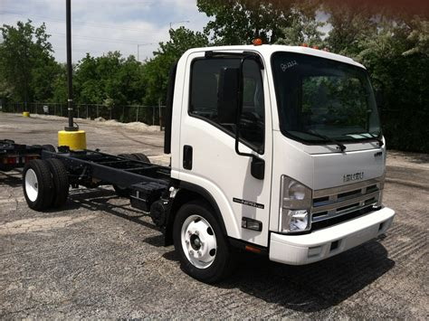 2017 isuzu npr hd cab chassis truck for sale 286138