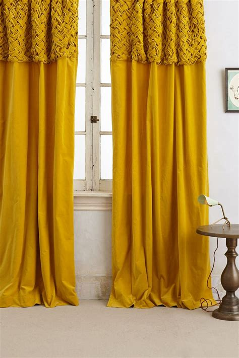 yellow drapes 25 best ideas about mustard yellow decor on pinterest