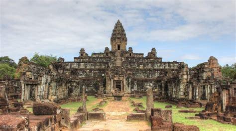 Lu Siem roluos temples tour by tuk tuk in siem reap cambodia klook