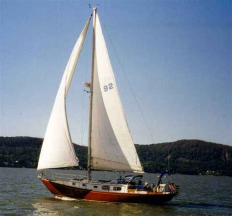 sail boat or sailboat 40 best sailboats cruise boat boat design and bristol