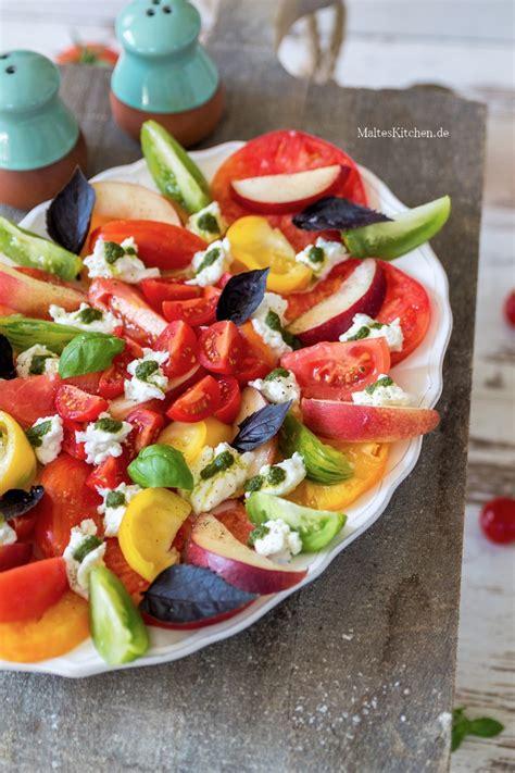wann muss tomaten sã en sommersalat mit bunten tomaten nektarinen mozzarella