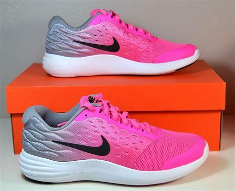 pink nike sneakers for nwt nike lunarstelos gs pink running sneakers