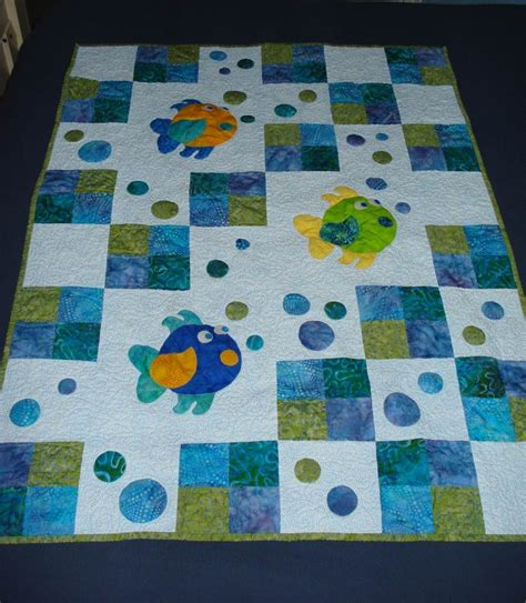 quilt ideas best 25 fish quilt ideas on fish quilt