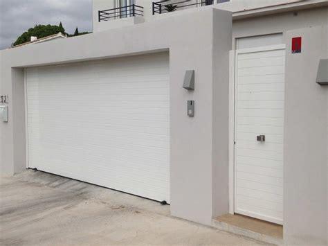 puertas garajes automaticas tipos de puertas autom 225 ticas en torremolinos garajes