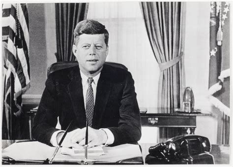jfk oval office f kennedy sitting at his desk oval office white