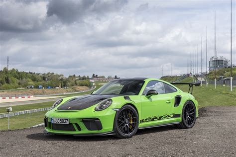 porsche 911 gt3 rs green 911 gt3 rs with weissach package lizard green porsche