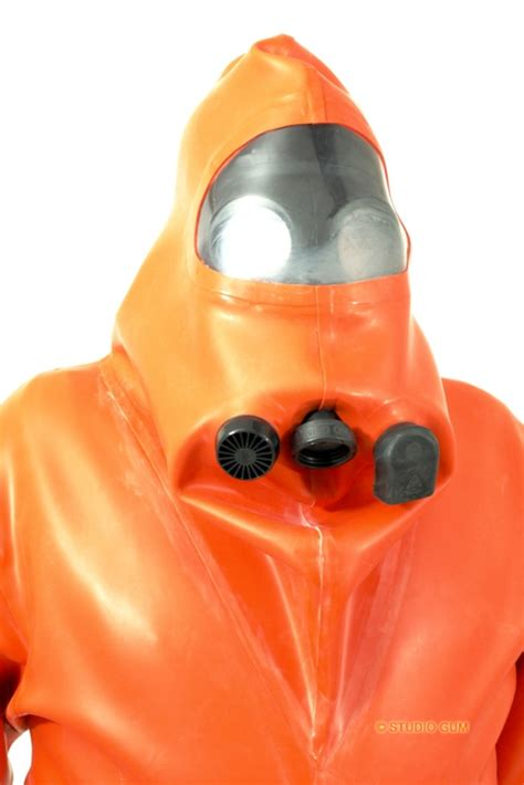 rubbersuit ga 4 heavy rubber by studio gum - Studio Gum