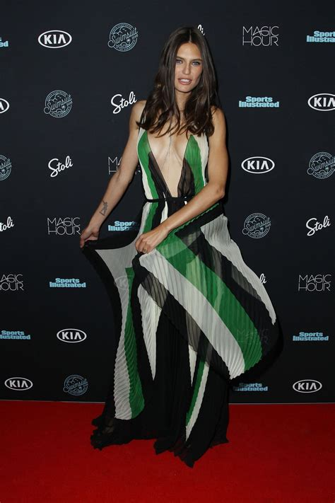 bianca balti red carpet 2018 bianca balti 2018 sports illustrated swimsuit issue launch