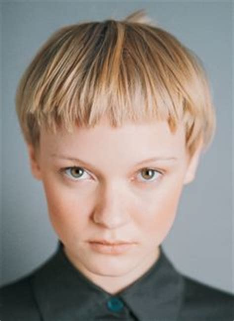 what are extremely short bangs called edie cbell with a short shaggy haircut hair beauty