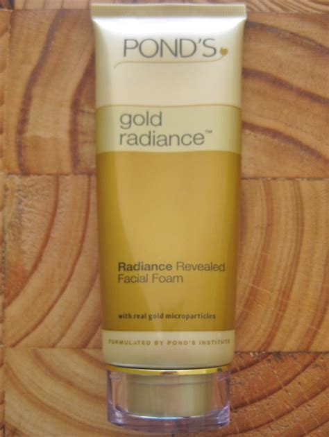 Ponds Detox Lotion Review by Pond S Ponds Gold Radiance Cleanser Review