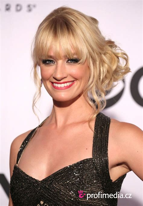 Beth Hairstyle by Beth Behrs Hairstyle Easyhairstyler