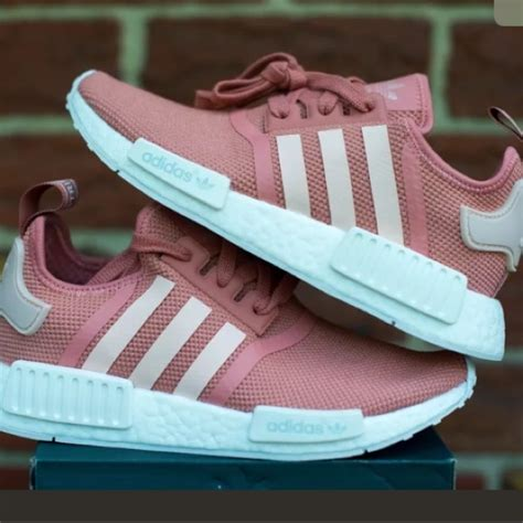 Womens Nmd R1 S76006 Salmon 25 adidas shoes nmd r1 quot pink salmon boost