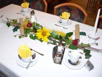Hochzeit Blumendeko Tisch by Selber Machen Ideen Tisch Deko Zur Hochzeit Auto