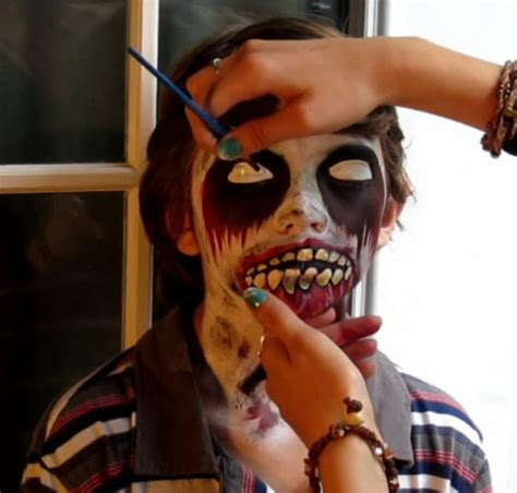 zombie cat tutorial easymeworld halloween zombie face paint tutorial