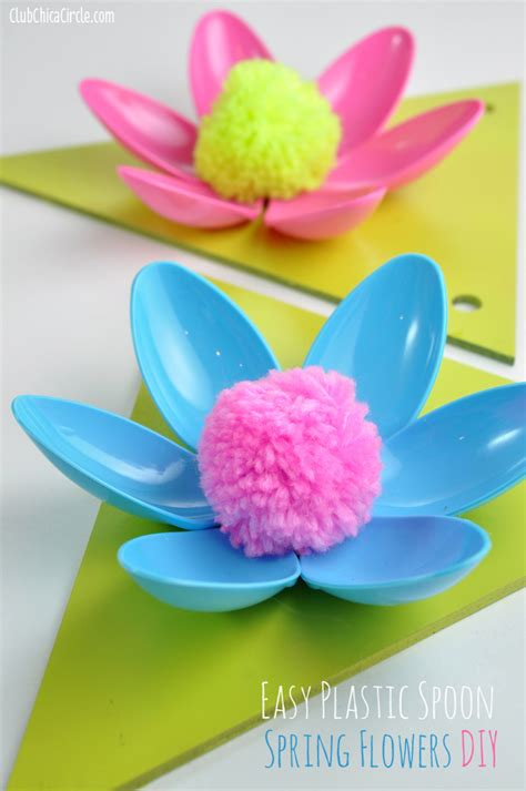 How To Make An Easy Flower Out Of Paper - easy flower plastic spoon garland craft idea and