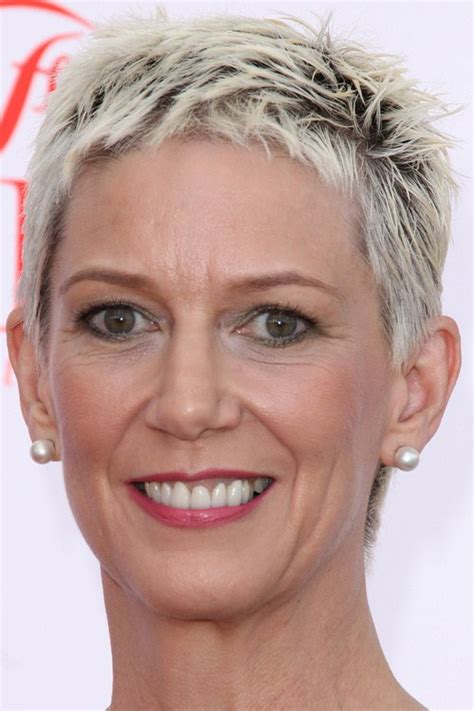 spikey styles for grey hair 40 bold and beautiful short spiky haircuts for women