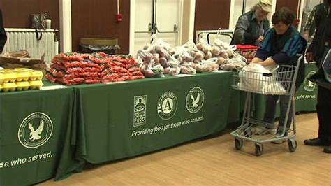 food pantry opens at hines va hospital abc7chicago