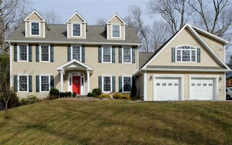 not too big and not too small house designs pinterest on the market not too big not too small colonial packs