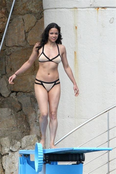 Michelle Rodriguez Porn Fakes - upskirt celebs michelle rodriguez s bikini ass