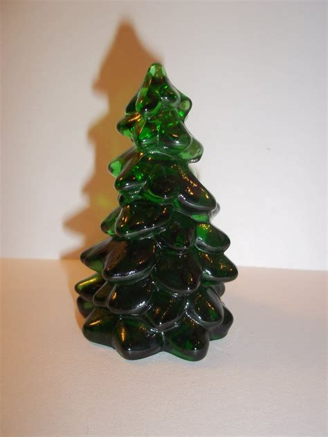 mosser glass emerald green 2 75 quot christmas tree figurine