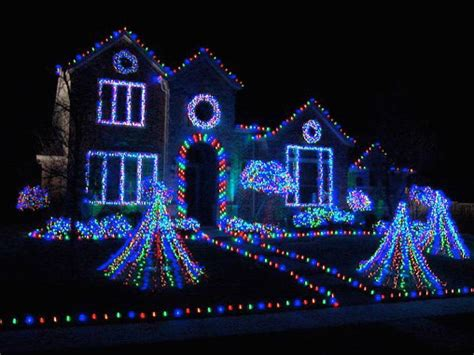 where can we see christmas lights on houses in alpharetta deck the house with lots of lights hgtv