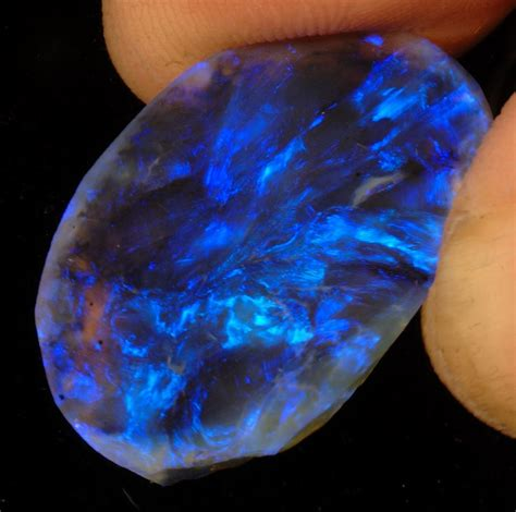 black opal unique lightning ridge black opal