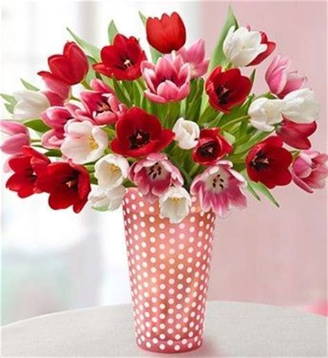 pretty flowers for valentines day tulips valentines day arrangement would be great w