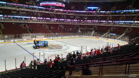 section 102 united center chicago blackhawks united center section 102