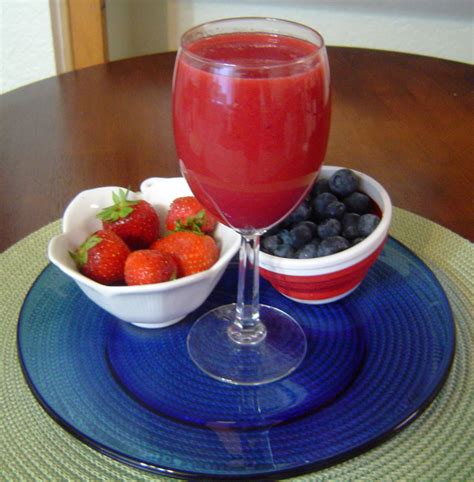 three berry antioxidant juice recipe dishmaps