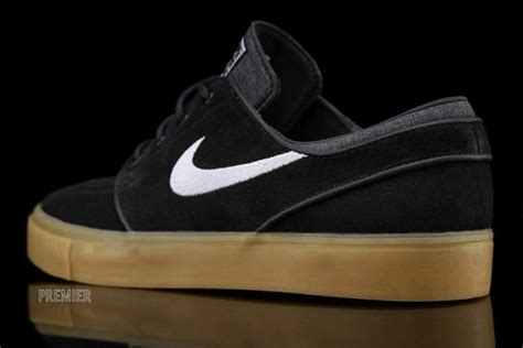 Sepatu Nike Stefan Janosky Blackwhite Sole Gum nike zoom stefan janoski black white gum sole collector