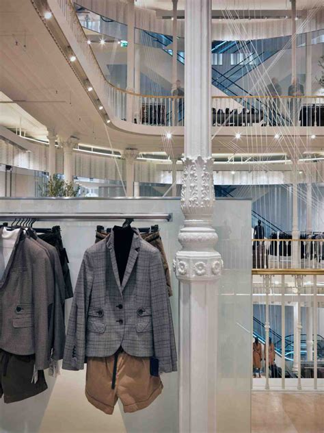 home design stores rome zara flagship store via del corso rome 14 187 retail design blog