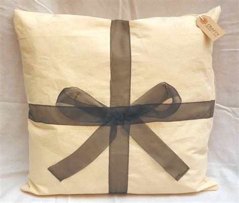 Handmade Soft Furnishings - calico bow design cushion with zip handmade soft