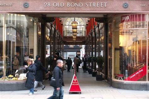 layout of mayfair mall london s luxury retailers strive to overcome narrow