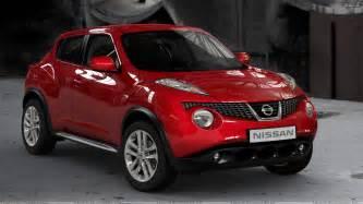 Nissan Redding Nissan Juke 2011 Front Side Pose In Wallpaper