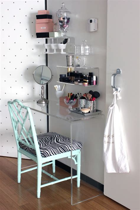 Vanity Desk Ideas by Ideas For A Vanity Table Make Up Station For A Small